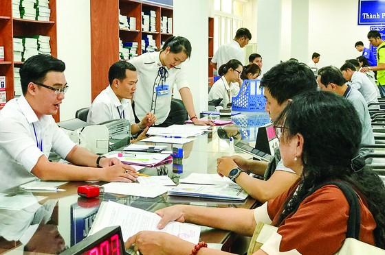 Hoàn thiện khuôn khổ pháp lý để tổ chức chính quyền đô thị tại TPHCM và Đà Nẵng ảnh 2