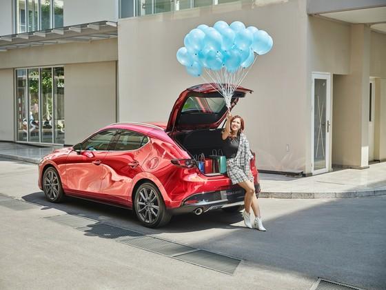 Nữ giới ngày càng ưa chuộng Mazda3 Sport ảnh 2