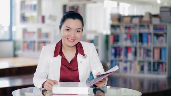 PGS.TS Võ Thị Ngọc Thúy chính thức trở thành Hiệu trưởng Trường Đại học Hoa Sen ảnh 1