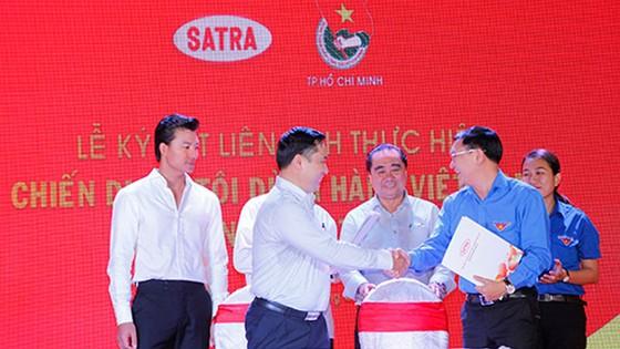 Satra thành lập 8 đội bán hàng lưu động kiểu mẫu ảnh 1