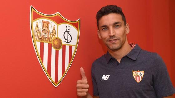 Navas trở lại Sevilla sau 4 năm chia xa.