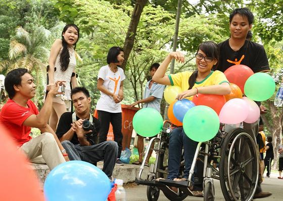 Giúp người khuyết tật hòa nhập cộng đồng ảnh 1