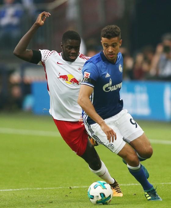 Cuộc sống mới tại Schalke ảnh 1