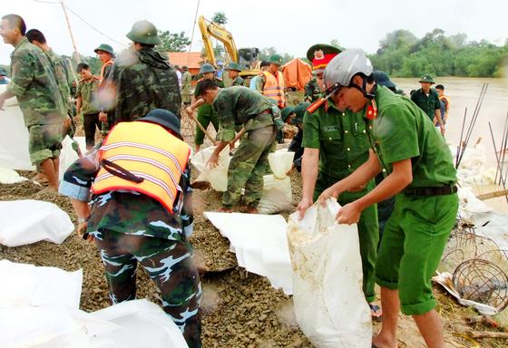 Hạ lưu ngập lụt, hồ Cửa Đạt tại Thanh Hoá ngừng xả lũ ảnh 1