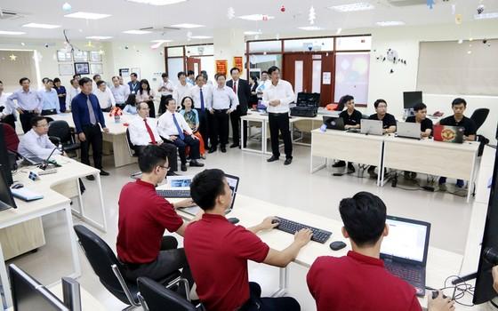 """Đại học Quốc gia TPHCM: Năm học """"Sinh viên với khởi nghiệp"""" ảnh 12"""