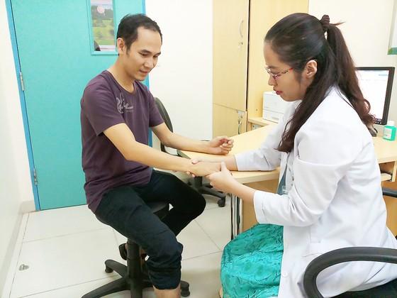 Bệnh nhân gout ngày càng trẻ  ảnh 1