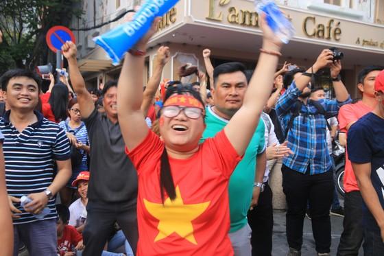 U23 Việt Nam - U23 Uzbekistan 1-2, VÀNG RƠI PHÚT CHÓT ảnh 21