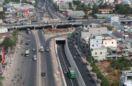 Cải thiện giao thông từ những hầm chui ảnh 1