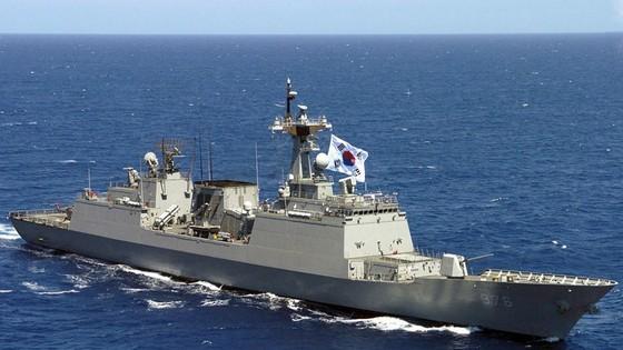 Tàu chiến Hàn Quốc tới Ghana cứu thủy thủ bị cướp biển bắt cóc ảnh 1