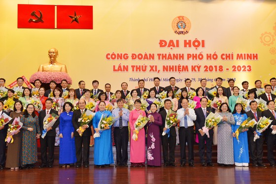 Đồng chí Trần Thị Diệu Thúy tái đắc cử Chủ tịch Liên đoàn Lao động TPHCM khóa XI ảnh 1