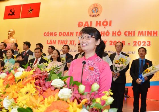 Đồng chí Trần Thị Diệu Thúy tái đắc cử Chủ tịch Liên đoàn Lao động TPHCM khóa XI ảnh 2