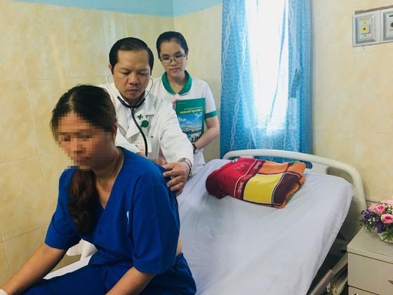 Cứu sống nữ công nhân ngưng thở do lên cơn hen suyễn ảnh 1