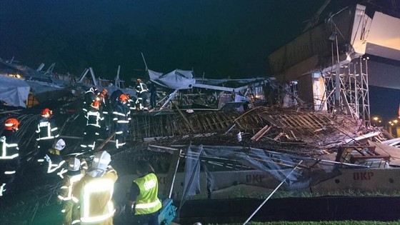 瑞典與新加坡發生建橋垮塌 ảnh 1