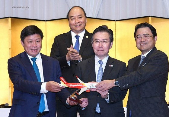 政府總理阮春福見證越日投資合作總值近 100 億美元 ảnh 1