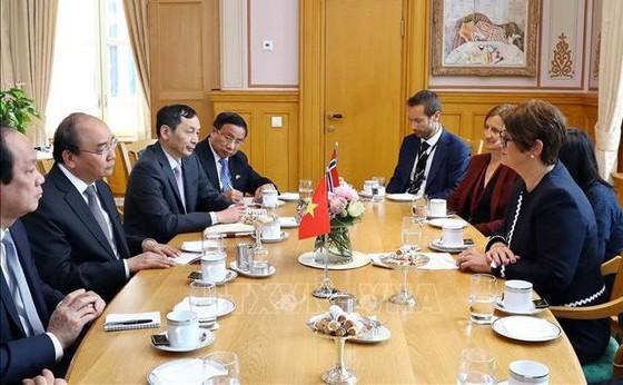 阮春福總理建議挪威議會支持兩國企業加強連接 ảnh 1