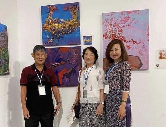 華人畫家陳芳美參加國際女畫家邀請展 ảnh 1