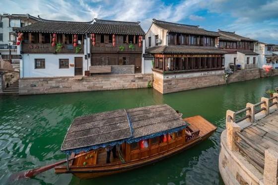 中國 12 個古鎮景美人少 ảnh 1
