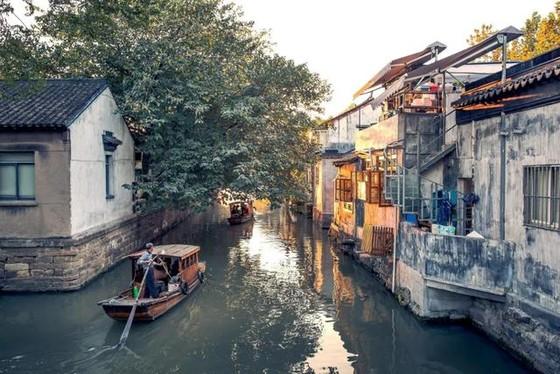 中國 12 個古鎮景美人少 ảnh 2