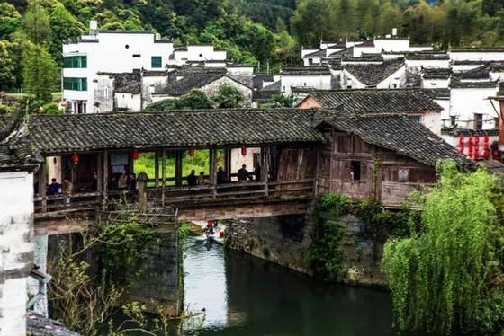 中國 12 個古鎮景美人少 ảnh 3