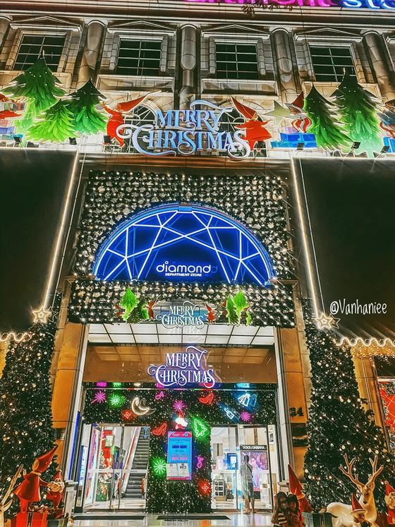 西貢聖誕節 4個打卡地點 ảnh 1