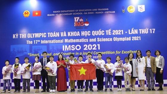 越南學生獲國際奧數科比賽兩金 ảnh 1