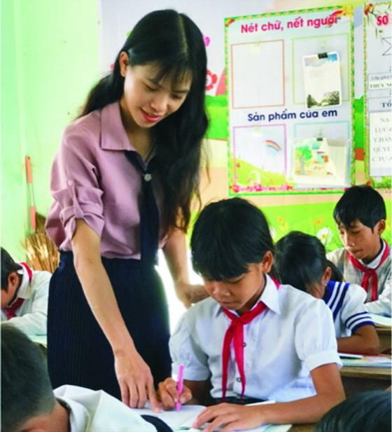 偏遠地區的年輕女大使 ảnh 1