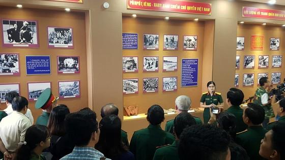 300 tư liệu, hiện vật quý tại triển lãm kỷ niệm 40 năm chiến tranh biên giới Tây Nam ảnh 2