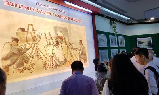 Triển lãm ảnh '50 năm thực hiện Di chúc của Chủ tịch Hồ Chí Minh' ảnh 4