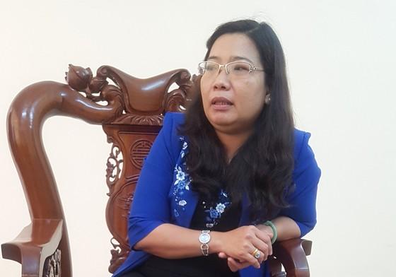 Kiểm điểm rút kinh nghiệm đối với bà Hồ Thị Cẩm Đào trong việc tổ chức tiệc cưới cho con ảnh 1