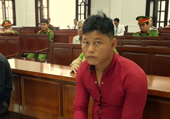 Y án 8 năm tù kẻ hiếp dâm bé gái tại khu mộ ảnh 1