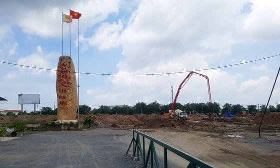 Tượng Dược sư và Liên Hoa Bảo tháp của Tân Huê Viên là công trình tôn giáo ảnh 2