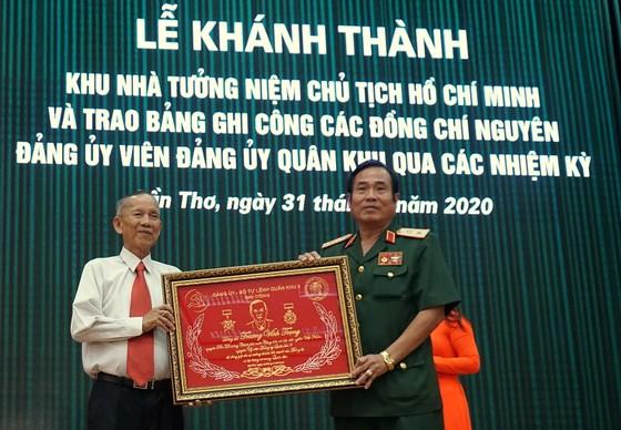 Khánh thành Khu nhà tưởng niệm Chủ tịch Hồ Chí Minh tại Quân khu 9 ảnh 3