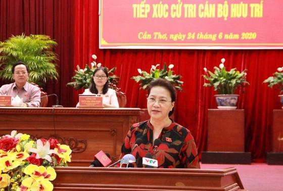 Chủ tịch Quốc hội Nguyễn Thị Kim Ngân tiếp xúc cử tri tại TP Cần Thơ ảnh 3