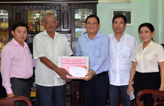 Thăm hỏi, chúc mừng lễ Sene Dolta đồng bào Khmer tại Sóc Trăng ảnh 3