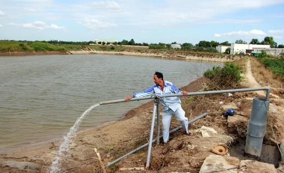 Còn hơn 30 triệu người dân nông thôn sử dụng nước chưa đạt chuẩn ảnh 1