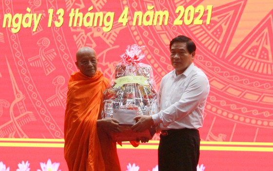 Sóc Trăng: Hộ nghèo là người dân tộc Khmer giảm hơn 4,11% ảnh 1