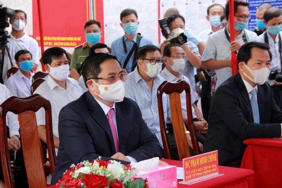 Thủ tướng Chính phủ dự lễ Khai mạc bầu cử và bỏ phiếu tại TP Cần Thơ ảnh 2
