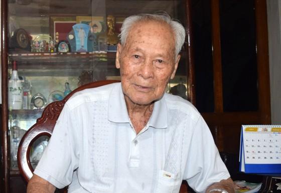 Chủ tịch nước Nguyễn Xuân Phúc gửi thư khen cụ ông 98 tuổi ảnh 3