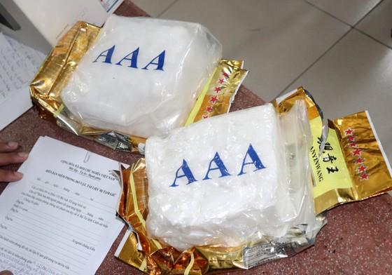 Triệt phá đường dây buôn bán 2kg ma túy từ TPHCM về Sóc Trăng ảnh 1