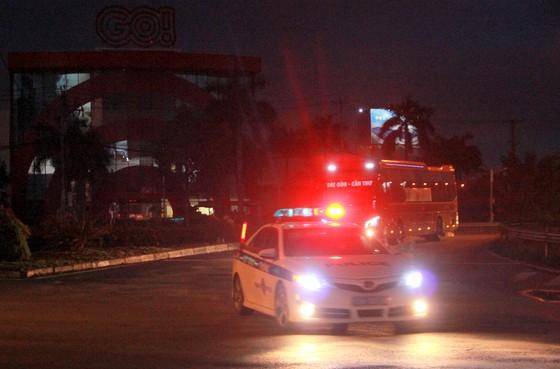 Cần Thơ đón hơn 300 người dân từ TPHCM về quê ảnh 1