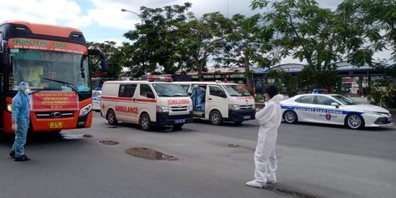 Sóc Trăng, Quảng Ngãi đón người dân từ TPHCM về quê ảnh 1