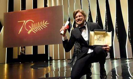 Phim hài đoạt Cành cọ vàng tại Cannes ảnh 1