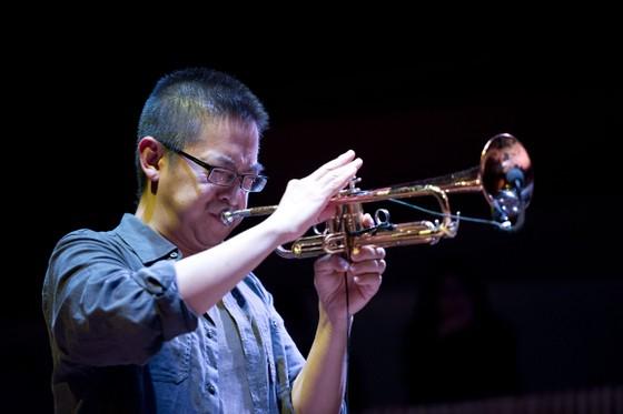 Nghệ sĩ gốc Việt đoạt 2 giải Grammy về Việt Nam  ảnh 1
