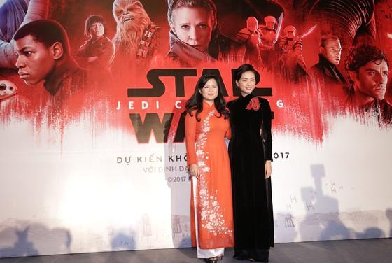 Ngô Thanh Vân như phải học lại từ đầu khi đóng Star Wars ảnh 1