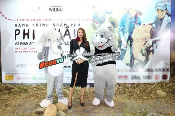 Ra mắt phim Phạm Hương kêu gọi bảo vệ loài voi ảnh 2