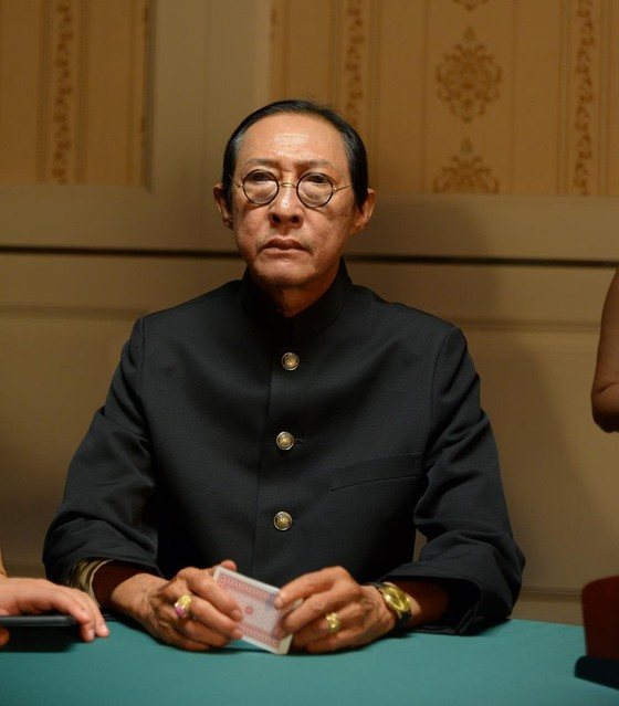 Phim Việt đầu tiên khai thác đề tài bài bạc bịp ảnh 3