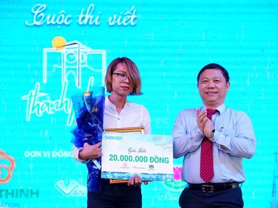 Trao giải cuộc thi và ra mắt cuốn sách Sài Gòn - Thành phố tôi yêu ảnh 1