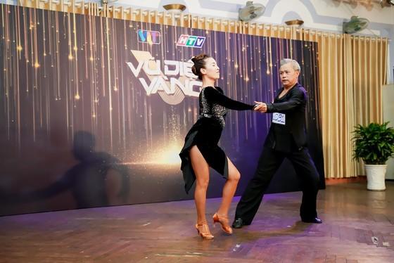 Gameshow về khiêu vũ dành cho thí sinh lớn tuổi ảnh 1