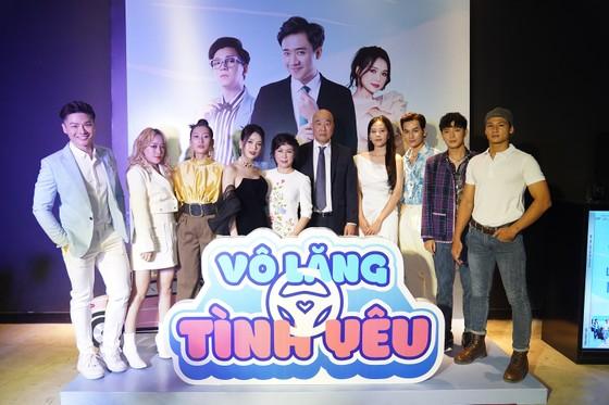 Dàn nghệ sĩ Việt cùng hội ngộ trong 'Vô lăng tình yêu' ảnh 2