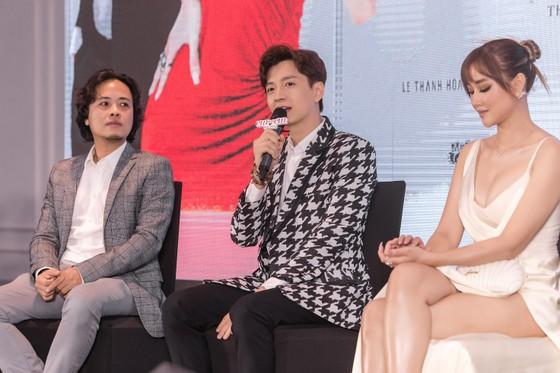 Ngô Kiến Huy một mình đóng 2 vai trong phim mới ảnh 2